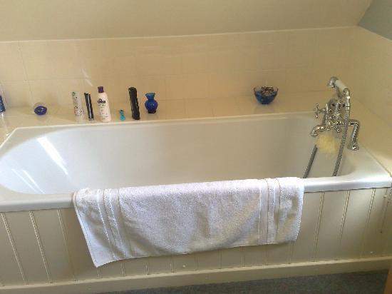 The Barn Loft : Bath