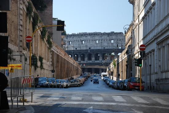 Hotel Grifo: Roma con il Colosseo - a due passi dall'albergo Grifo
