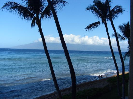 Aston Mahana at Kaanapali: View from my balcony @ the Mahana
