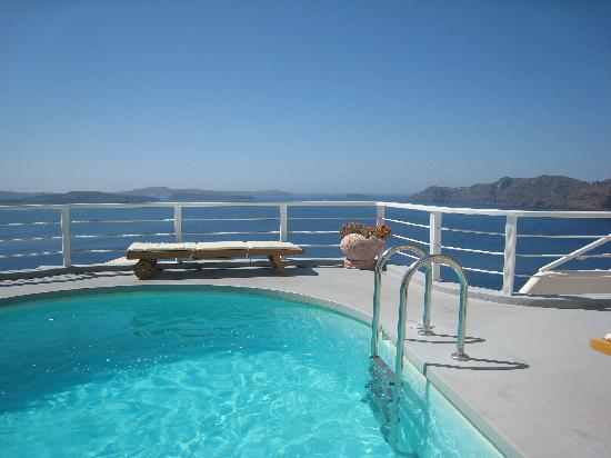 Delfini: vue de la piscine
