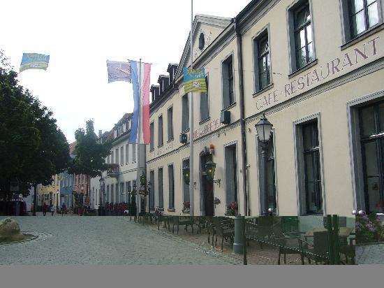 Hotel Van Bebber, Xanten, Front Entrance