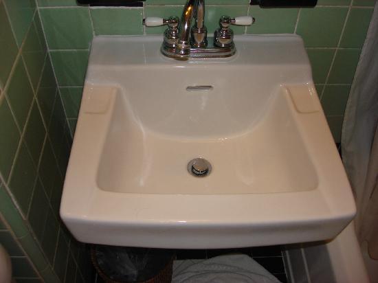 Vasca Da Bagno Barbie : Sembra il lavandino del bagno di barbie foto di the park central