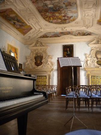 Palais de Lobkowicz : sala concerti