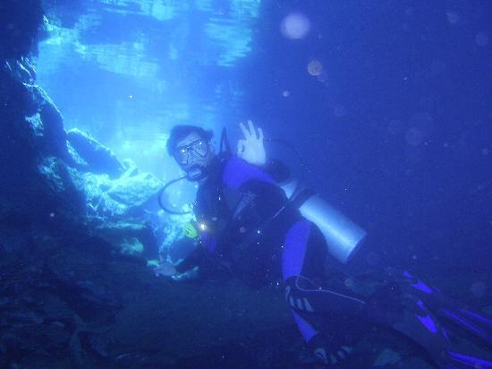 กังกุน, เม็กซิโก: After a 54 minute dive, with regret, had to surface.