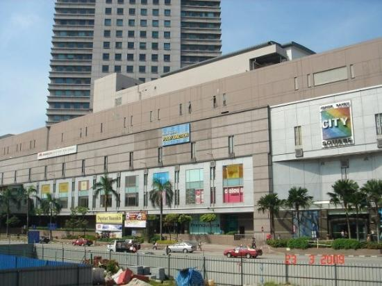 ยะโฮร์บาห์รู, มาเลเซีย: City Square.