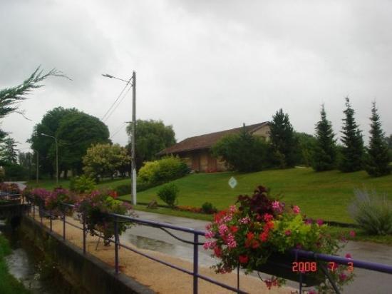 Dompierre-sur-Veyle ภาพถ่าย