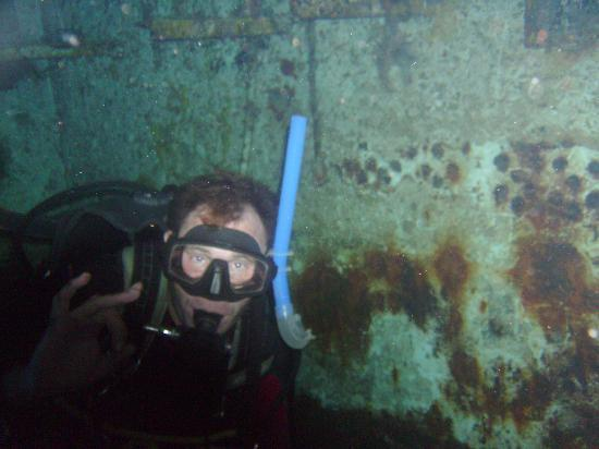 "Reef Quest Divers: Steve ""Wrecked"""