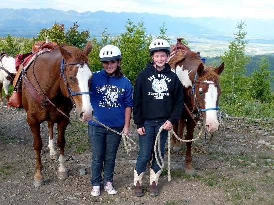 Artemis Acres Paint Horse Ranch: The Girls