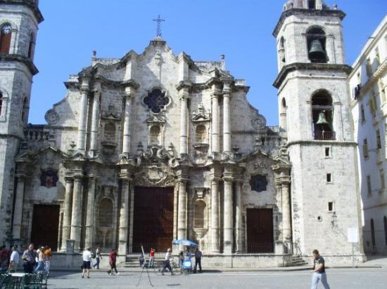 Varadero, Cuba: cathedral square,havana