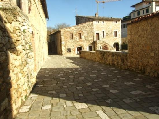 Use google translate picture of bagno vignoni province - Adler terme bagno vignoni last minute ...