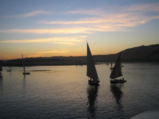 Assouan, Égypte : riu Nil, Assuàn, Egipte, gener 2005