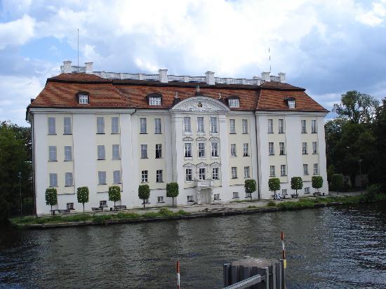 Hotel Am Schloss Koepenick Berlin by Golden Tulip: Umgebung des Hotels - Schloss Köpenick