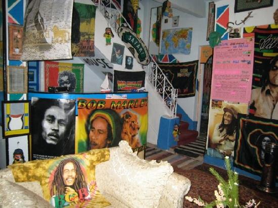 Bob Marley House Hostel: Lobby Area