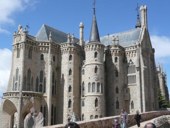 Astorga, สเปน: Y aqui tambien