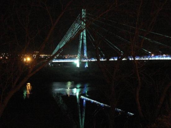 Tyumen, รัสเซีย: the bridge of love