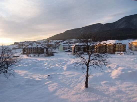 LION Hotel  Bansko: View from our balcony at sunrise