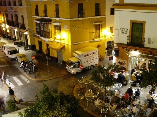 Hotel Puerta de Sevilla: Vue de la chambre