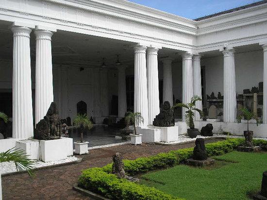 Yakarta, Indonesia: Museo de la ciudad  - Jakarta