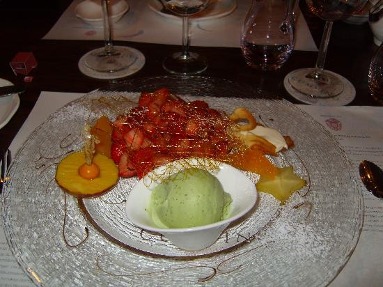 Cumvino : The spectacular dessert