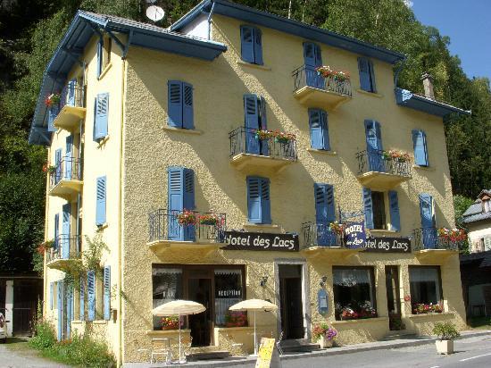 Lacs Hotel: vista esterna