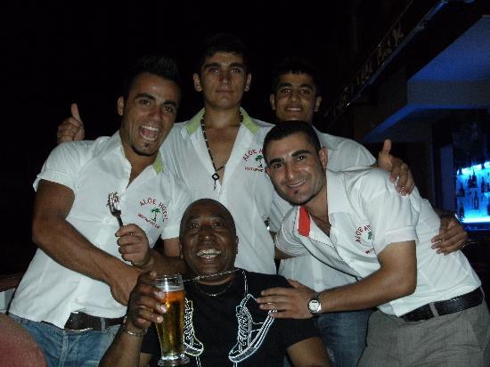 Aloe Apart Hotel : Eatel and the guys on his birthday