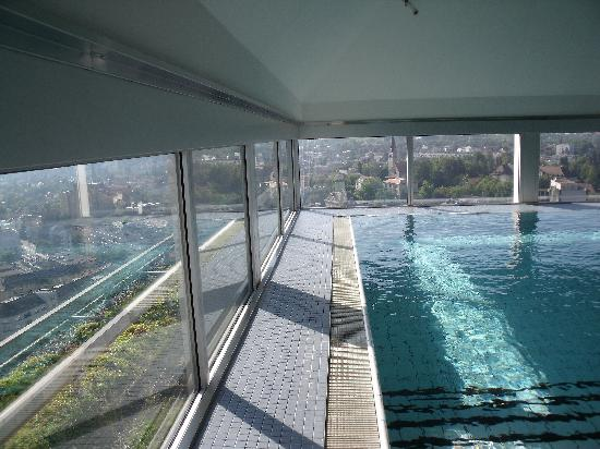 A swimming pool with a 32nd floor view picture of swissotel zurich zurich tripadvisor - Oerlikon swimming pool ...