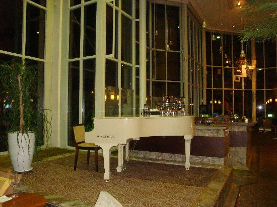 Hilton Helsinki Strand: sala colazione, ristorante