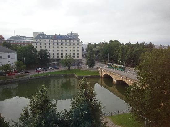 Hilton Helsinki Strand : veduta dalla nostra stanza al sesto piano