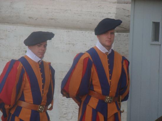 Love4adventure Tours: Swiss Guard