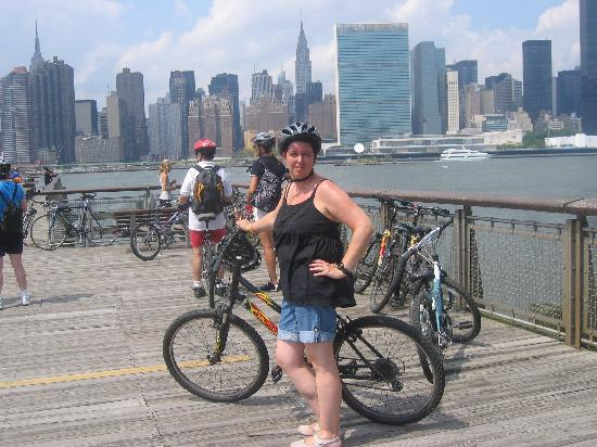 Bike the Big Apple: Manhattan Skyline on Tour A