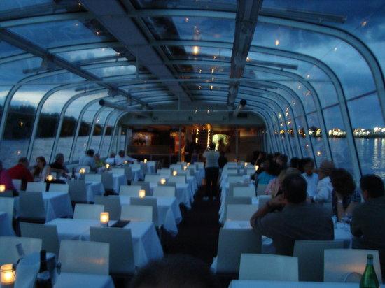 Le bateau mouche au vieux port de montreal canada top tips before you go tripadvisor - Restaurant vieux port de quebec ...