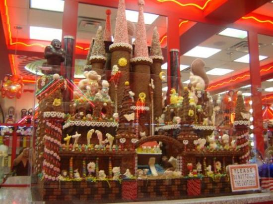 Canonsburg, PA: Chocolate Castle Sarris's Chocolate Factory