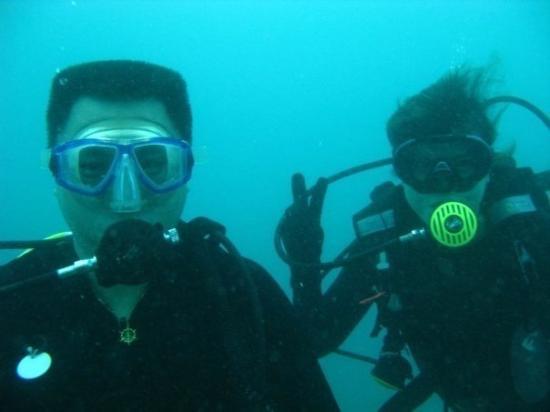 Pulau Aur, Malaysia: Dickson n Connie