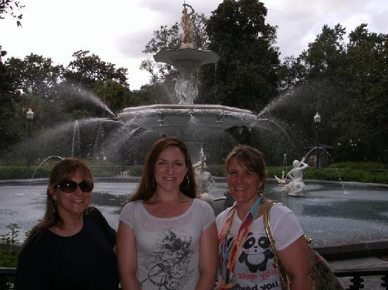 Explore Savannah: Girl trip Adventure in the Park!