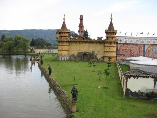 Bogotá, Kolumbien: Bogota, Colombia, Parque Jaime Duque
