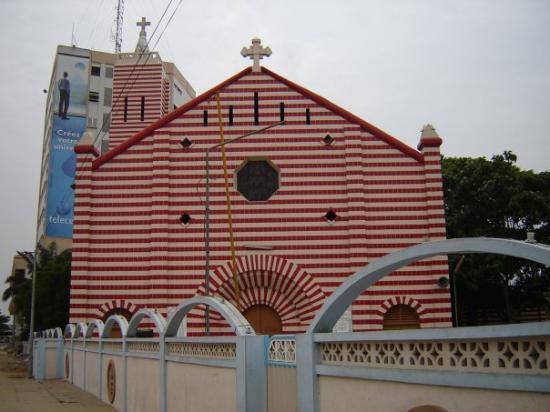 Cotonou, เบนิน: Notre Dame