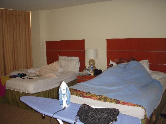Pearl Hotel Waikiki: Room
