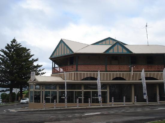 Kingscote Pub - Kangaroo Island