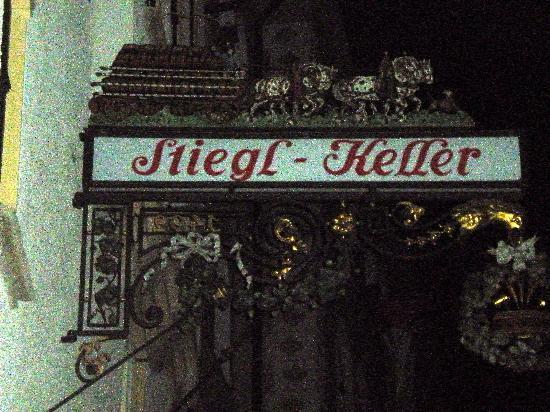 Stieglkeller: Outside sign at enterance @ night