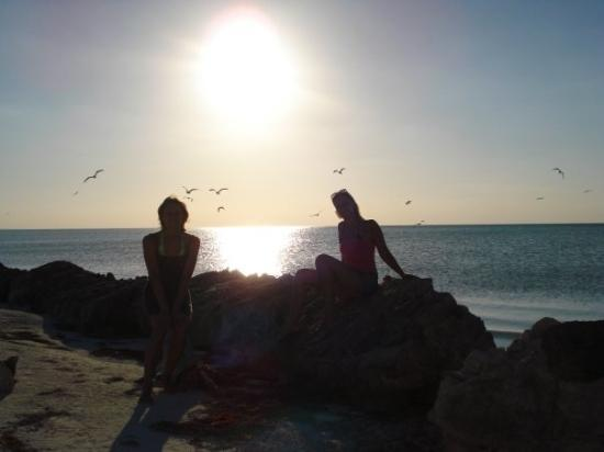 Holbox Island, เม็กซิโก: romantic sunset with Marie - hahaha..