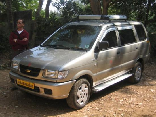Our Rental Car In Mumbai The Chevrolet Tavera Only In India