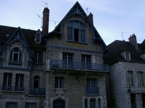 ชาตร์, ฝรั่งเศส: Beautiful houses in Chartres :)