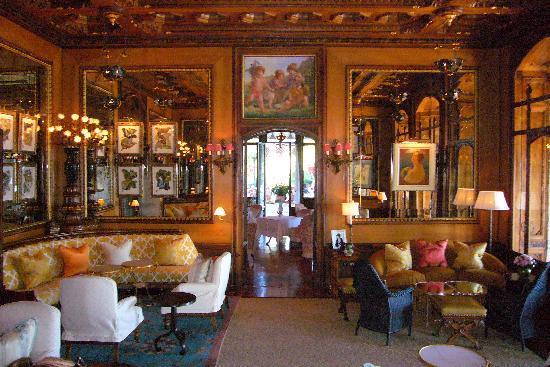 Grand Hotel a Villa Feltrinelli: Main Sitting Room