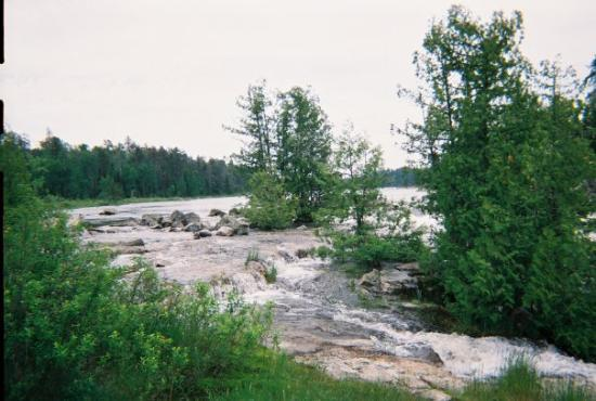 ทันเดอร์เบย์, แคนาดา: the waterfall