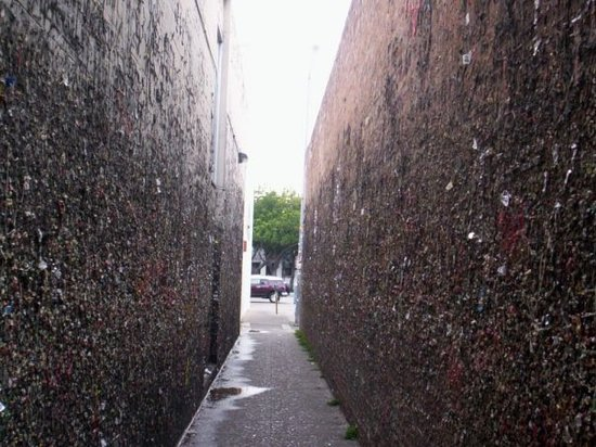 ‪Bubblegum Alley‬