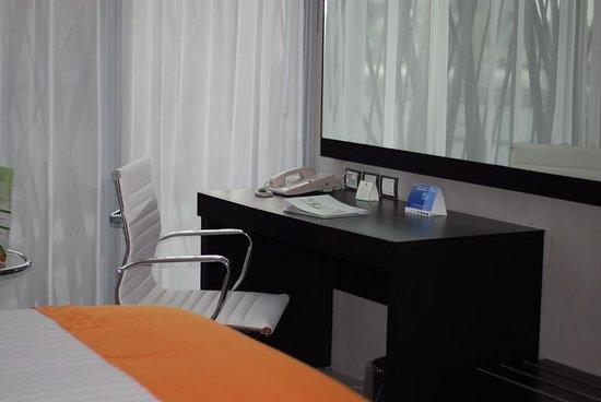 Holiday Inn Tuxpan: Modern Rooms