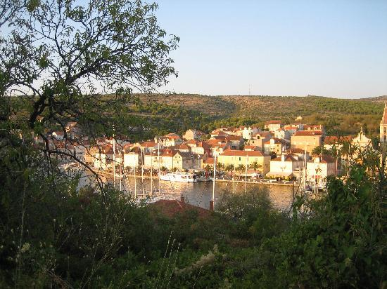 Brac Island, Croatia: Houses in milna