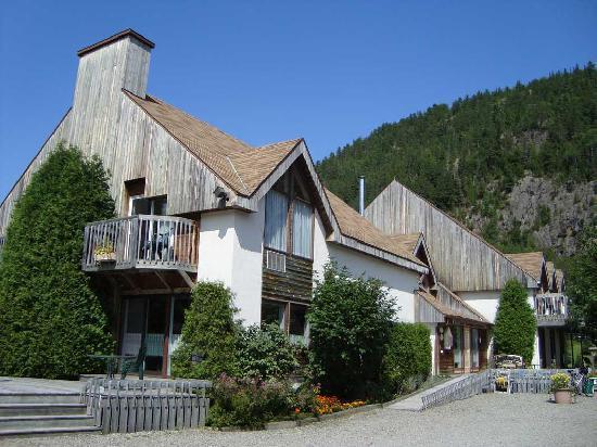 Petit-Saguenay, Kanada: Vue de l'hôtel