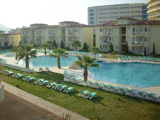 Palmin Sunset Plaza: Pool area