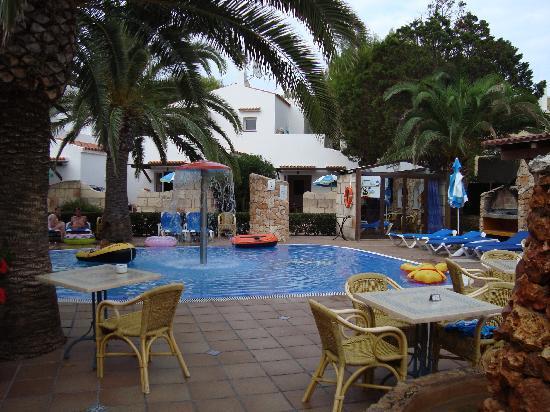 Talayot: infant pool near reception